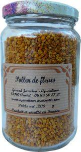 Pot de pollen de fleurs d'abeilles