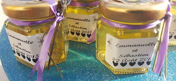 Mini pots de miel, cadeaux pour convives de mariage